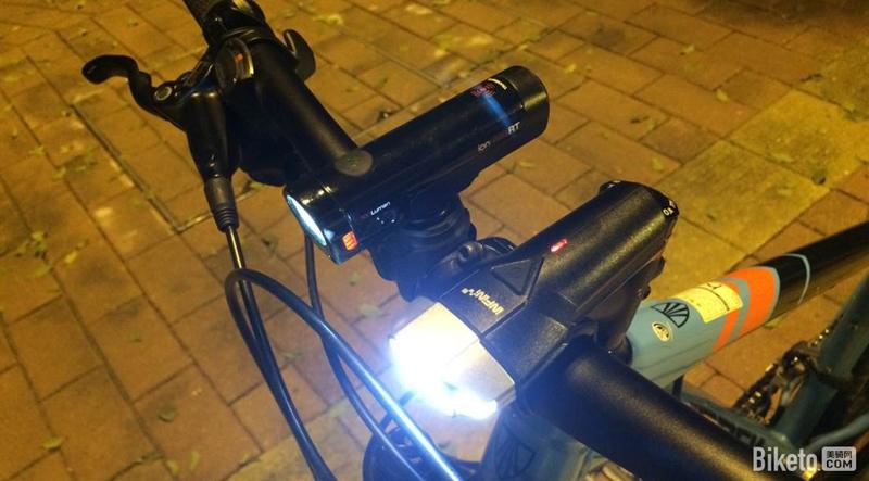 自行车前灯