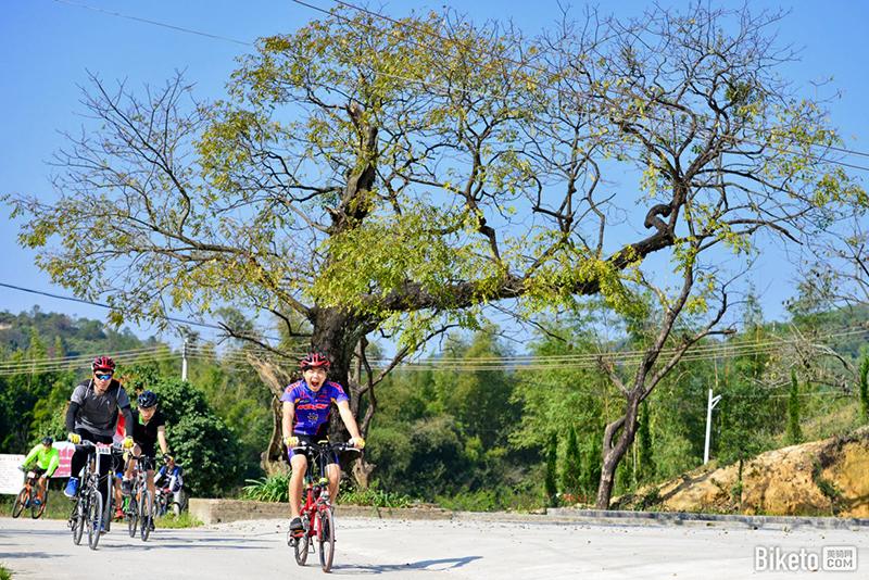 风景优美的骑游路线将会成为当地的旅游名片