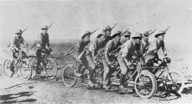 8人座,行军自行车