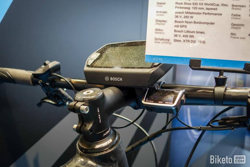 "XDURO Fullcarbon 搭载Nyon""多合一""电动运动自行车电脑和XTR Di2"
