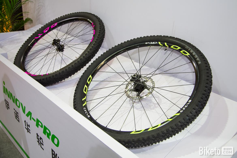 伊诺华赞助车队所用的轮胎。.jpg