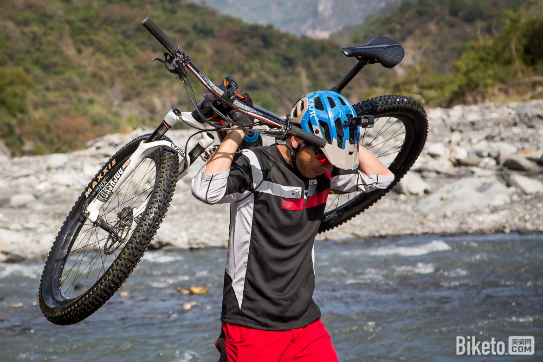 台湾,哈尤溪,溯溪,山地车穿越,新化木架山草原,骑行游记,单车旅行