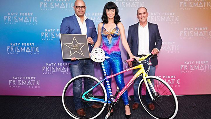 katy-perry-custom-bike.jpg