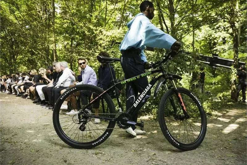 秀场bikebike.jpg