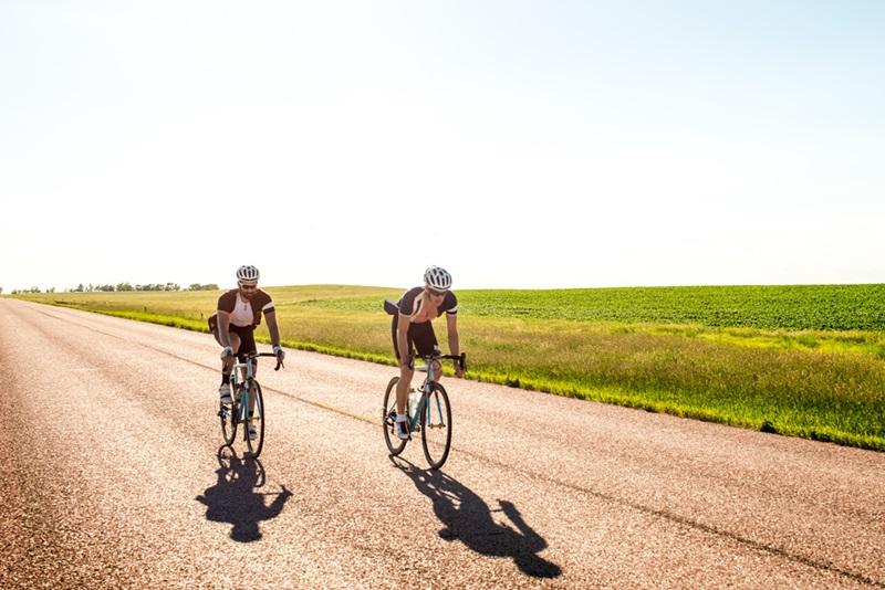 因癌症与单车结缘 他把骑行上升到生命的高度