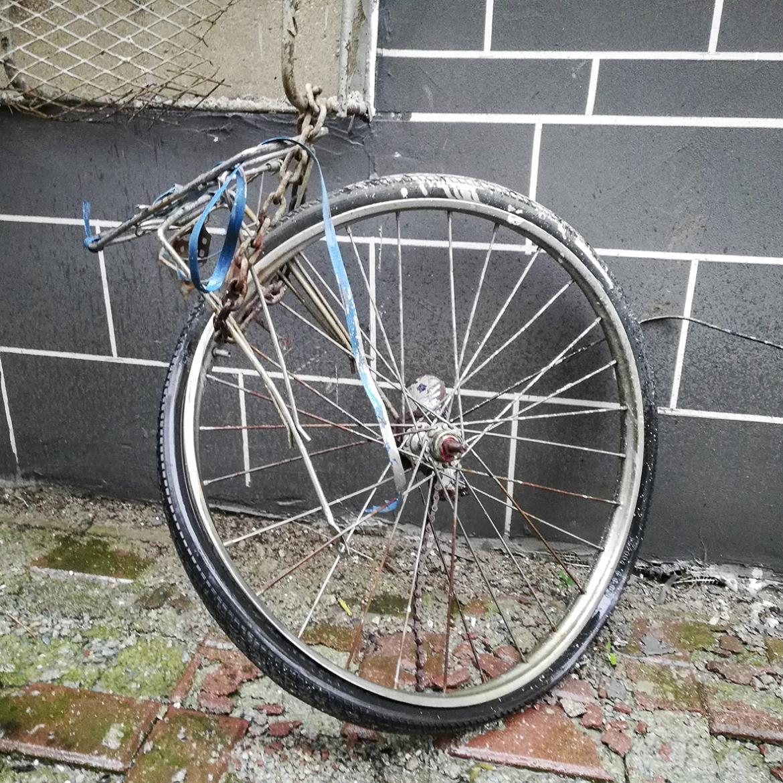 忧伤的单车-07.jpg