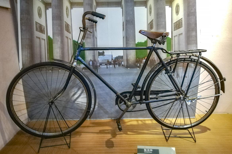 12-德国钻石牌自行车.jpg