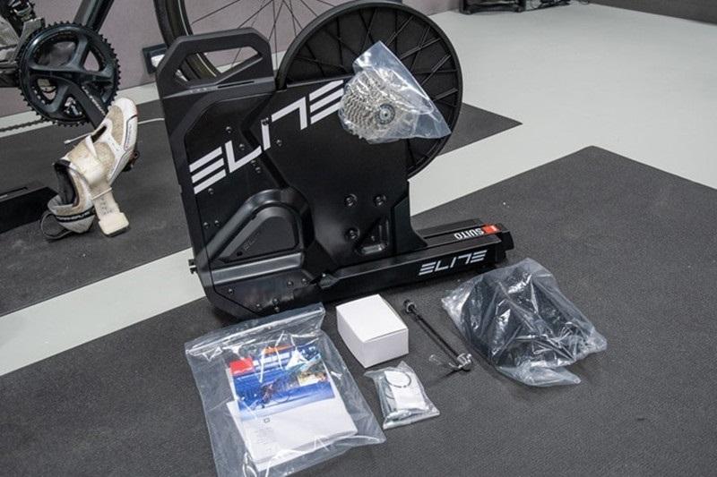 Elite Suito可折叠智能骑行台