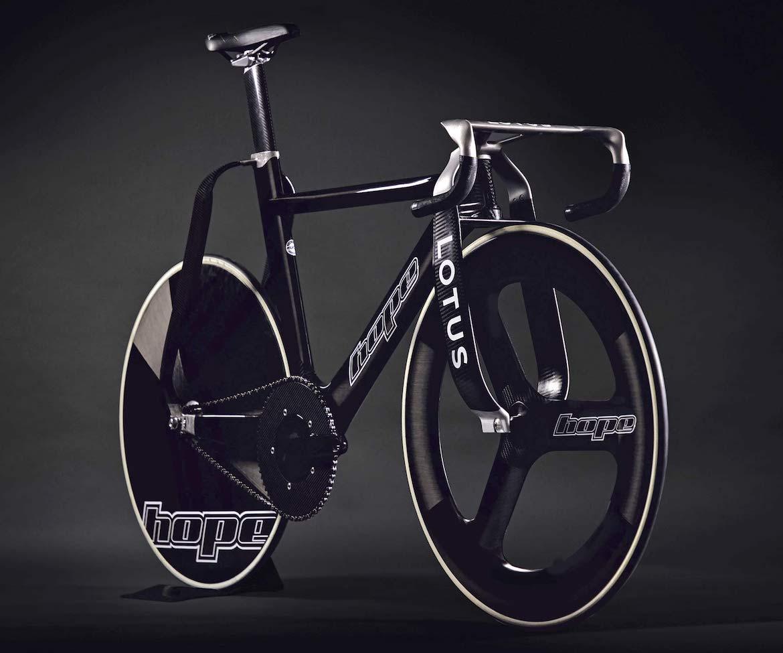 Hope-HB-T-Olympic-carbon-track-bike_3D-printed-titanium_unique-Lotus-designed-wide-legged-lightweight-track-bike_angled-front.jpg