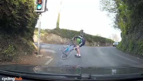 公路骑行一定要上锁踏吗?我们来认真分析一下 骑行入门 骑行装备与器材 公路车 骑行鞋