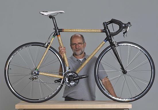 """""""碳包竹"""" 碳纤维竹篾自行车"""
