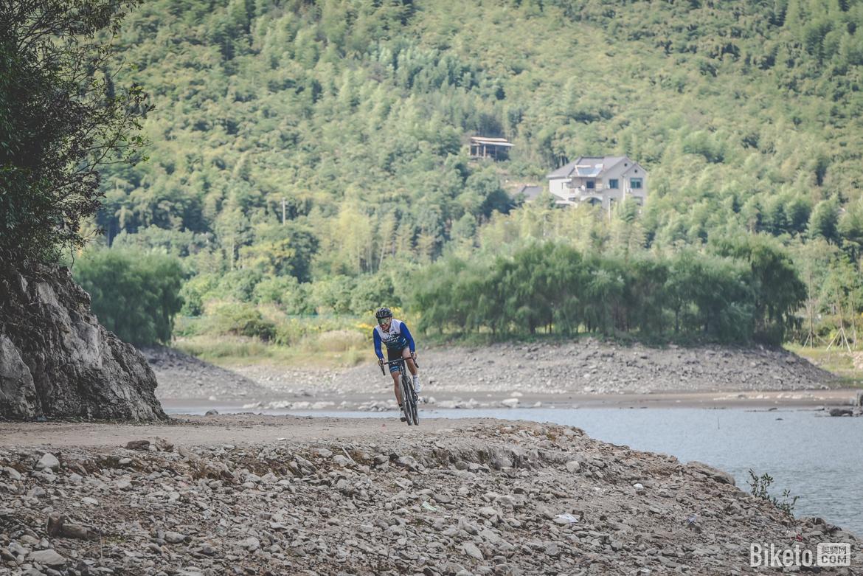捷安特 2021款全地形公路车 发布试骑会 gravel bike