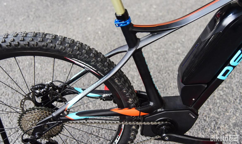 刘罕告诉记者,电助力自行车决不等于传统自行车加电机,由于电助力系统