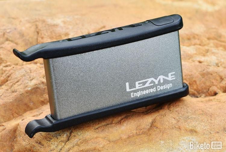 可以装进口袋里的补胎工具套装――Lezyne雷音LEVER KIT 骑行装备与器材 维修工具 - 美骑网