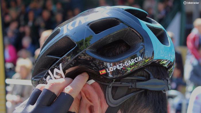 头盔 (2).jpg