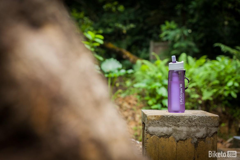 小滤芯大作用 LifeStraw Go生命吸管水壶二代