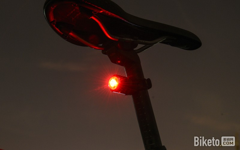 加雪龙W06智能尾灯