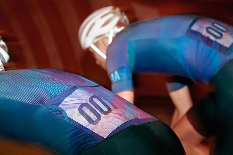 Rapha,Crit,骑行服,骑行套装,夜骑,绕圈,自行车衣