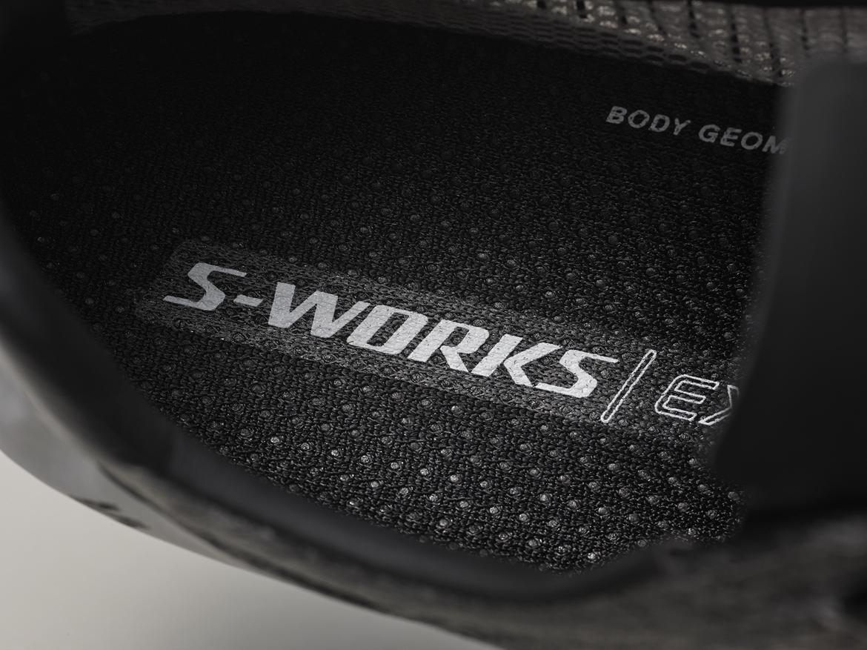 92克起!! 闪电发布S-works EXOS系列超轻公路车骑行鞋