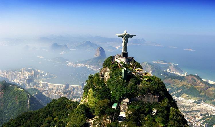这也是奥运会第一次来到南美洲,206个国家和地区的10000多名运动员都