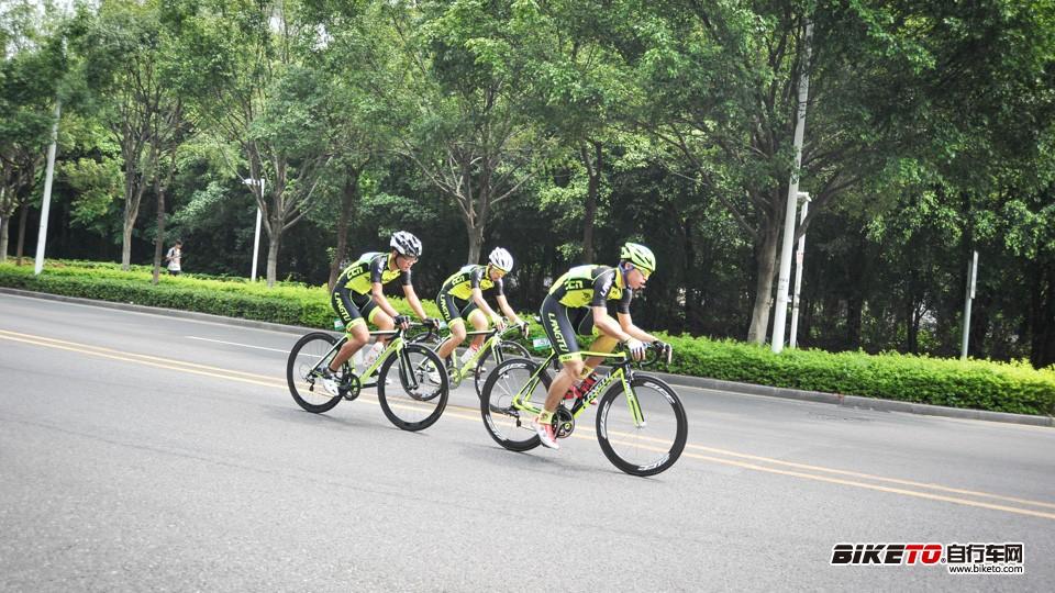 广州大学城环岛自行车赛暨绿道骑行嘉年华活动