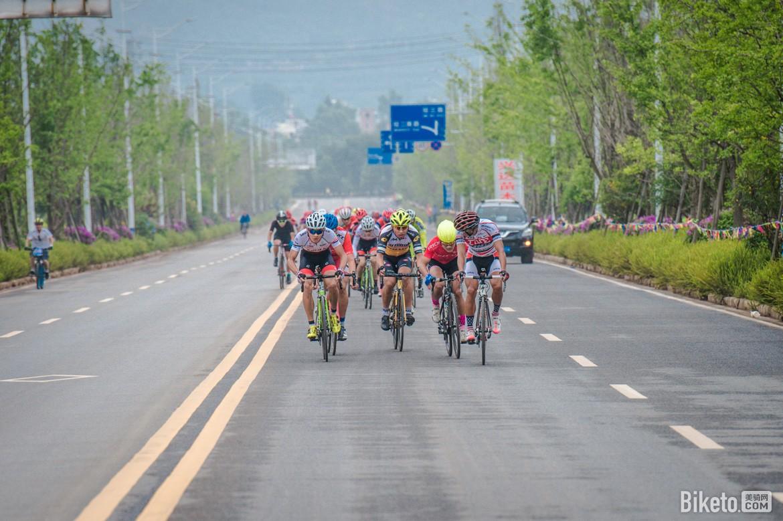 环青海湖联赛昆明站Day1·