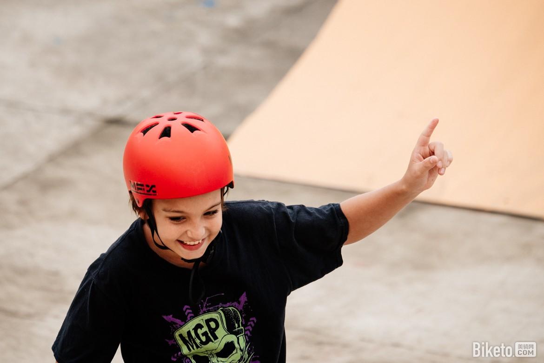 滑板车 (1).jpg
