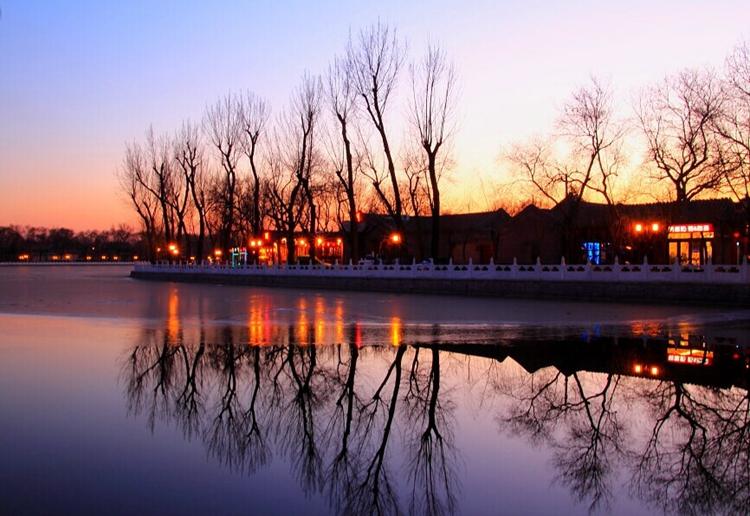 [夜骑]苍茫夜色探寻北京传统与现代的碰撞