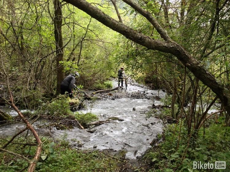 环贡嘎:从雪山云海到原始森林(一)甘谷地—磨西|骑行图片