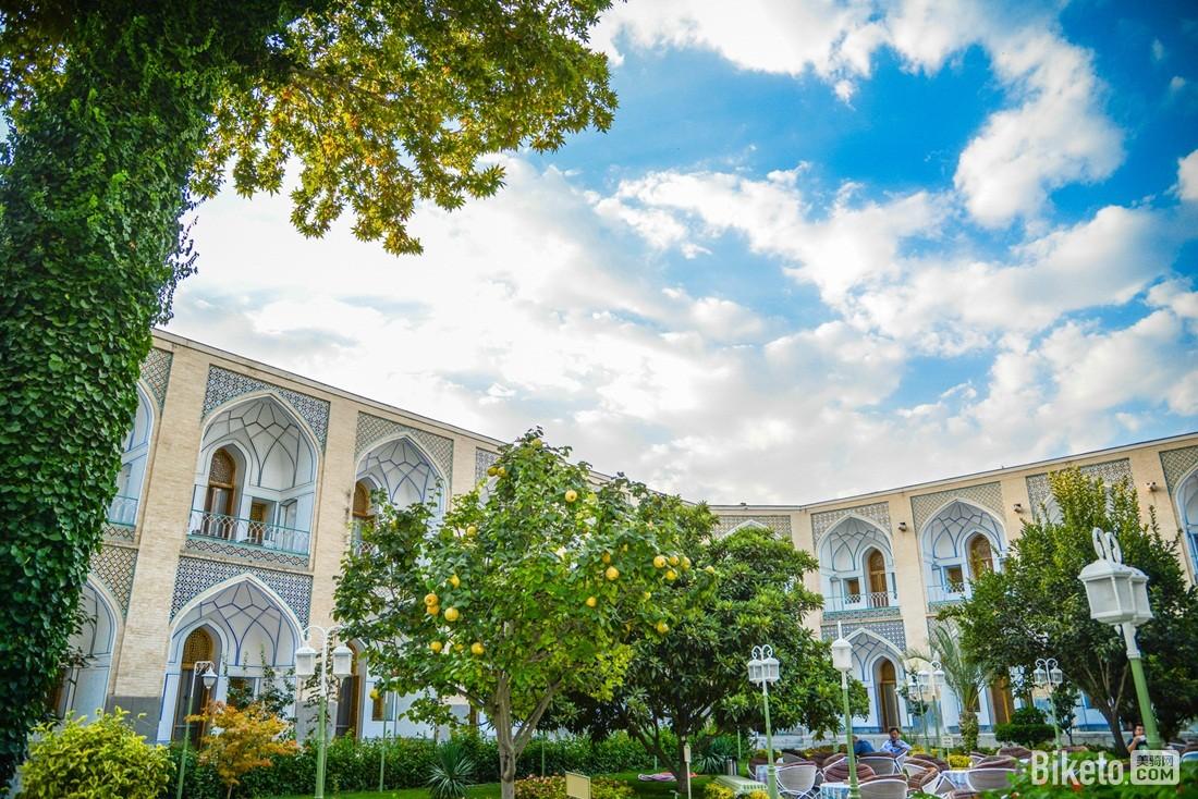 沙赫阿巴斯饭店的院子