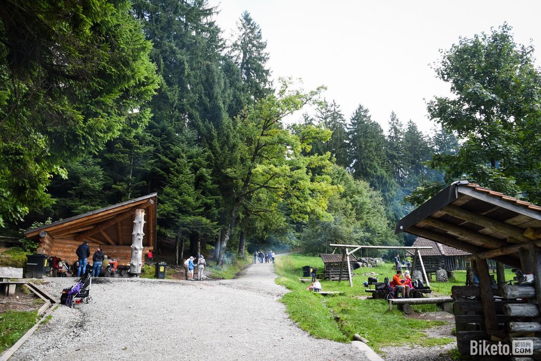 楚格山营地