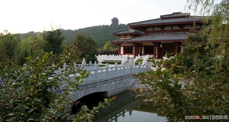 徐州汉文化景区是集历史博览,园林景观,旅游休闲于一体的汉文化保护