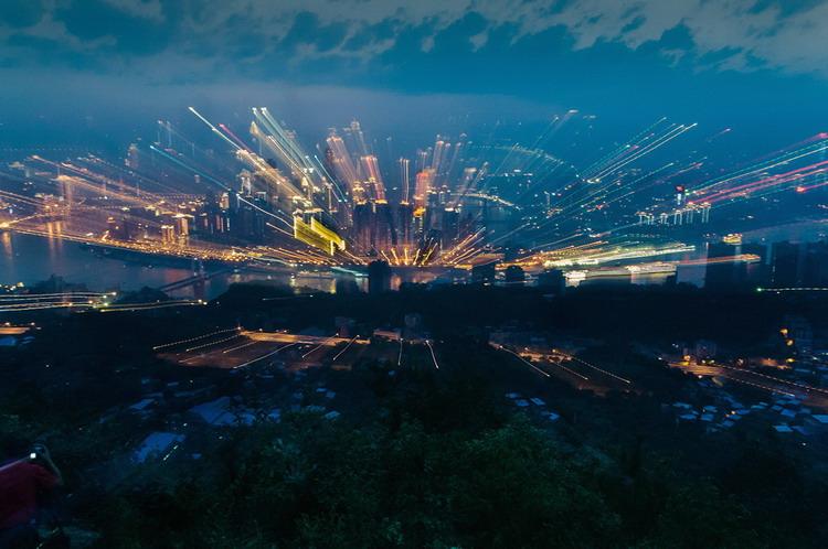 重庆南山风景区位于重庆长江南岸,北起铜锣峡,南至金竹沟,包括汪山