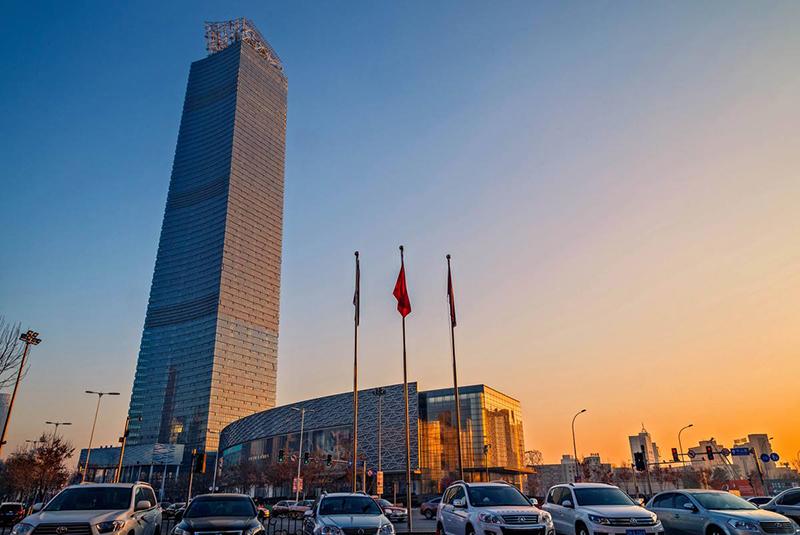 沈阳电视塔观光电梯高度333米