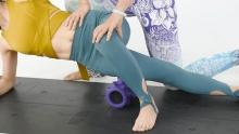 """单车瑜伽EP5:用""""大型按摩棒""""放松大腿肌肉"""