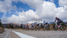勇登天池火山口 2017环长白山自行车骑游大会第二日