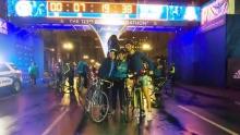 睡什么觉啊,出来骑车啦 波士顿马拉松前夜