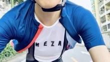 LMH体验:轻薄透气低调 NEZA鲲夏季骑行服