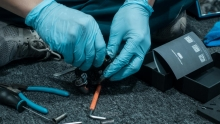 碳纤维产品要小心!车手必备专用小工具