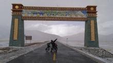 重回拉萨骑行新藏线(15)在五千米的高原上骑行