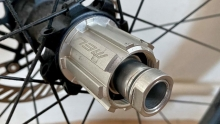 Campagnolo N3W塔基是怎样实现兼容多种速别的?