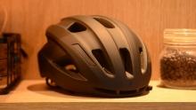 优缺点都明显 闪电Align II MIPS头盔评测