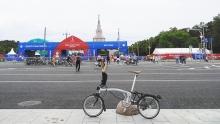 世界杯与自行车 她在莫斯科的彻夜狂欢