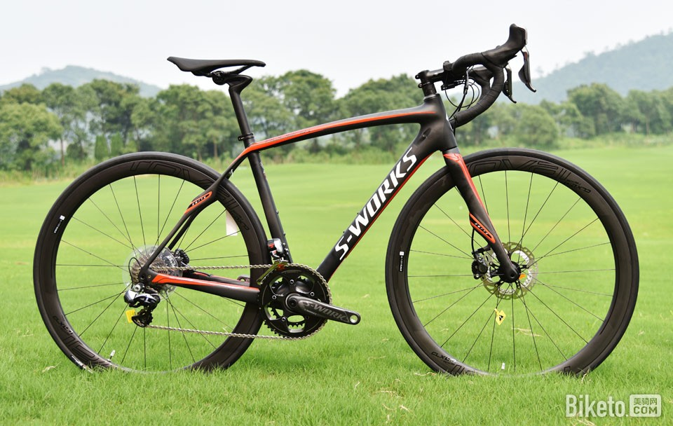 6 Specialized Roubaix.jpg