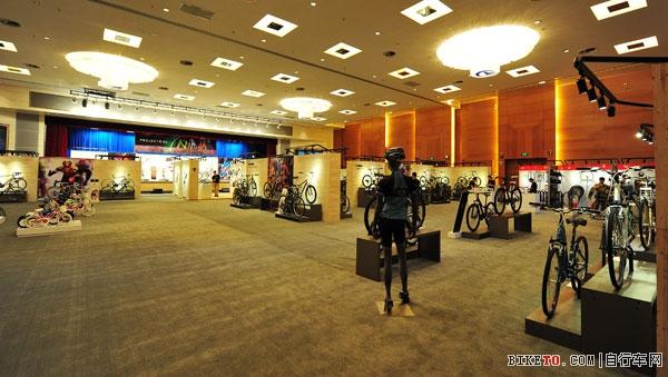 TREK WORLD 2014,崔克经销商大会展厅
