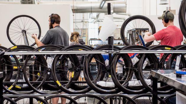 自行车制造业,上市企业,纳斯达克IPO,欧洲市场,北美市场,2017全球行业分析,AmerSports,Mavic,ENVE