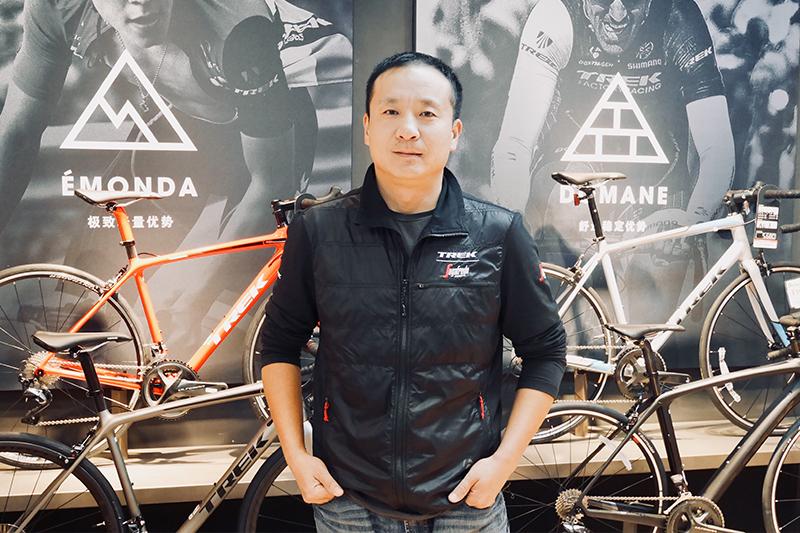 九龙山国际自行车公园创始人李根木