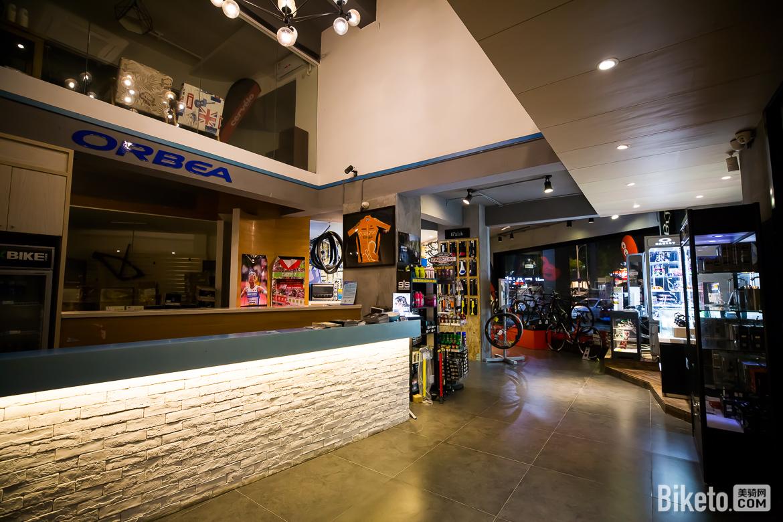 边摸索边转型 厦门MIX米斯单车店