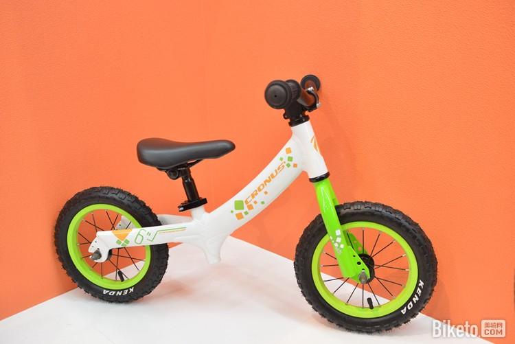 Cronus凯路仕童车展品