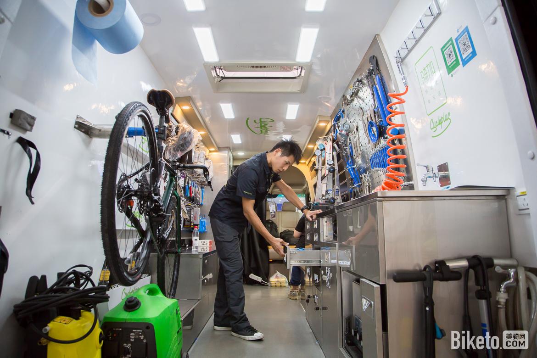 2017亚洲自行车展,骑行装备,骑加移动维修车